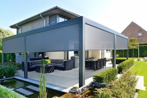 store screens sur pergola